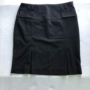 Dressbarn fitted skirt Size 4 Black